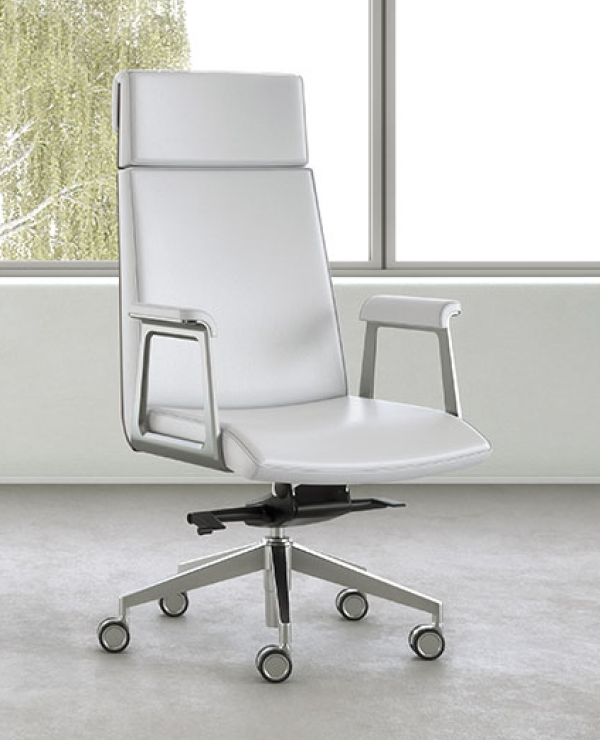 OFS Madrid Executive Swivel Chair