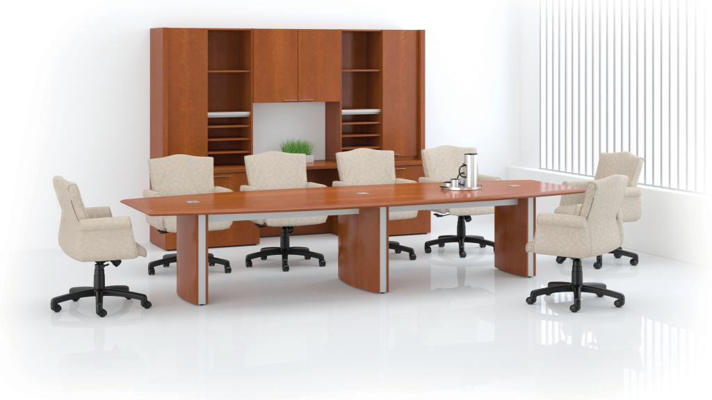 Paoli Fuse Conference Table with Traditional Maxim Chairs